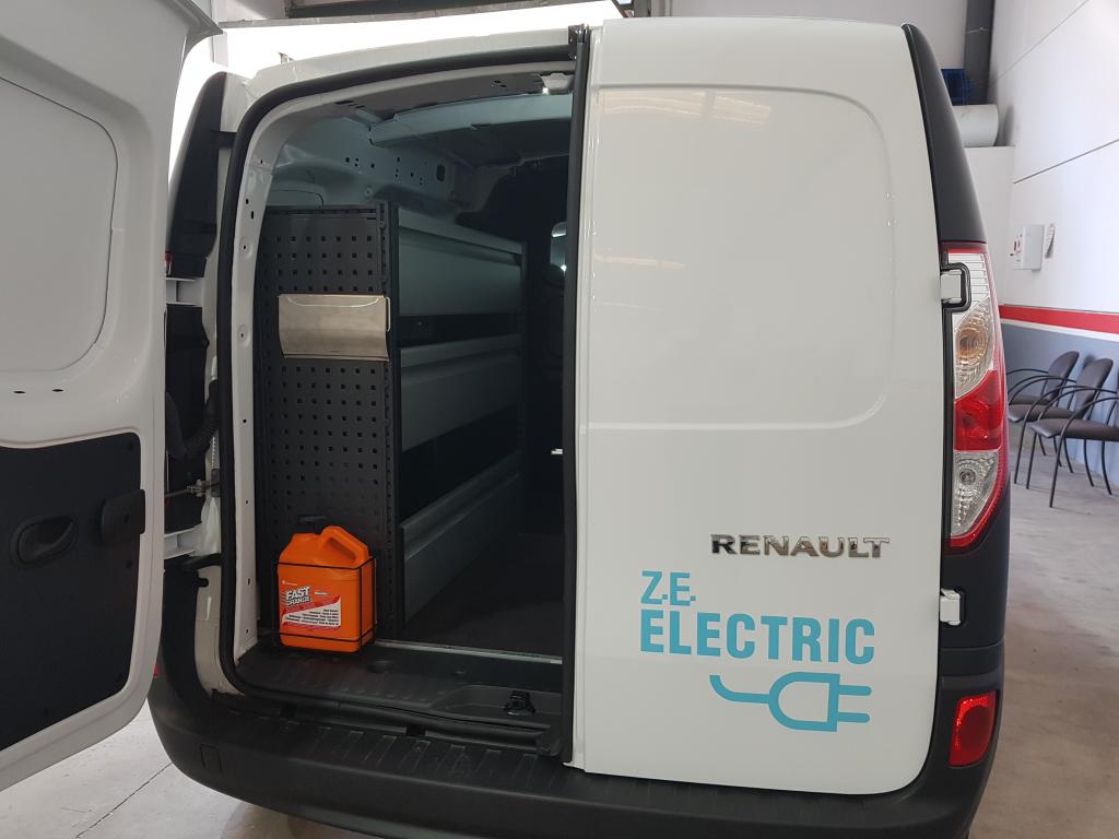 Equipamiento de furgonetas eléctricas